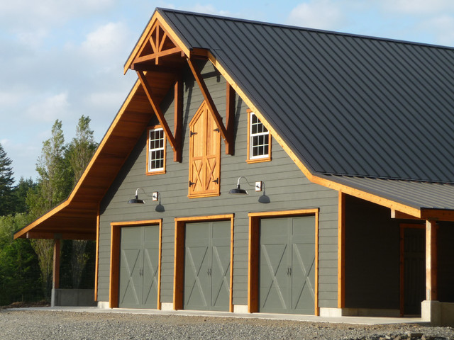 Clopay coachman garage door with custom paint farmhouse for Farmhouse garage doors