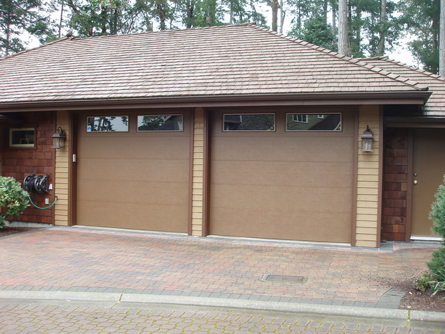 Clopay flush style steel insulated garage doors for Clopay steel garage doors