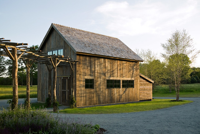 Connecticut Farmhouse farmhouse-garage-and-shed