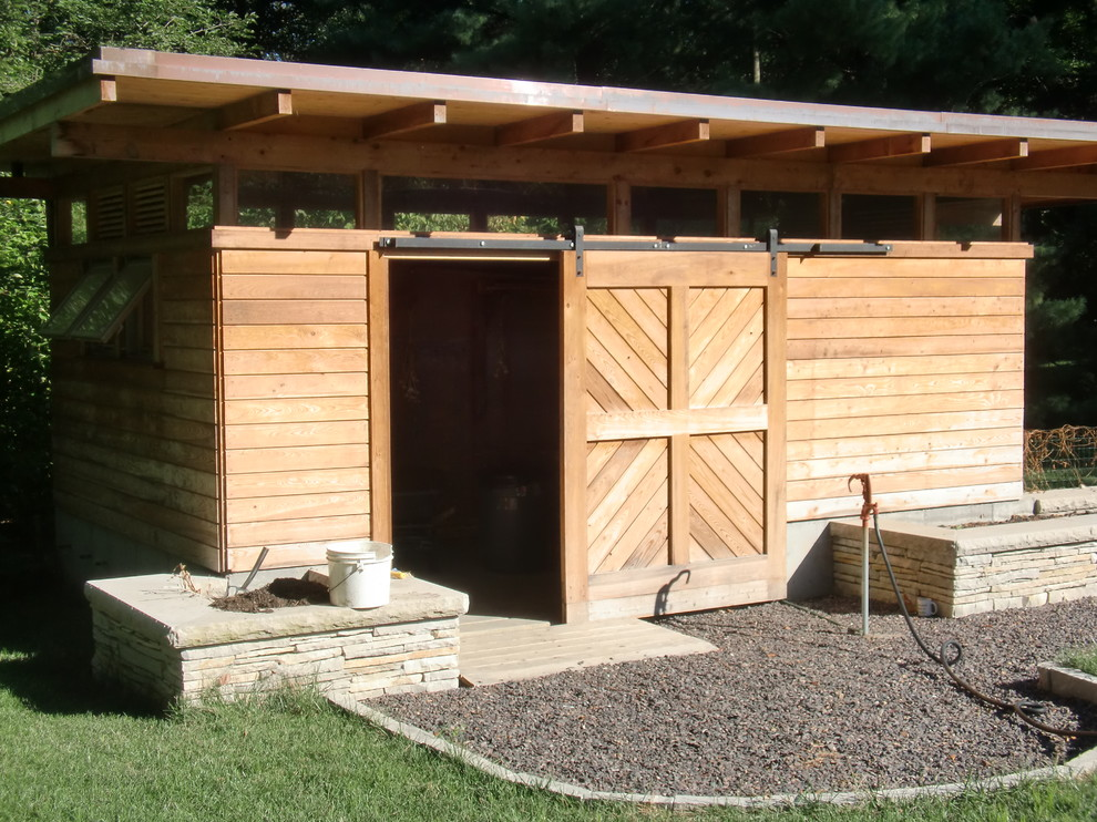 Example of a minimalist shed design in St Louis