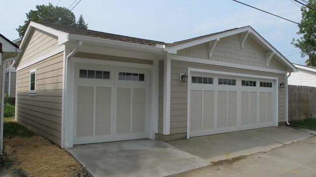 Craftsman Style Screened Porch And Garage Craftsman