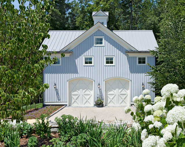 Crisp Architects traditional garage and shed