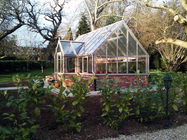 The new 'Modern' Greenhouse from Janssens - GreenHouse Ireland |Contemporary Greenhouses