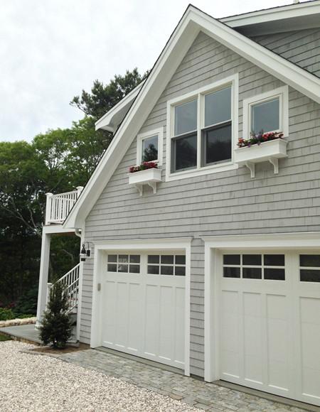 Detached garage with deck loft for The garage loft apartments