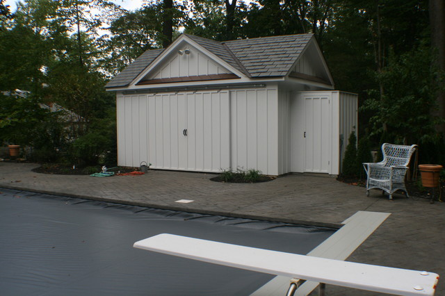 dutch colonial to federal - Traditional - Garage And Shed ...