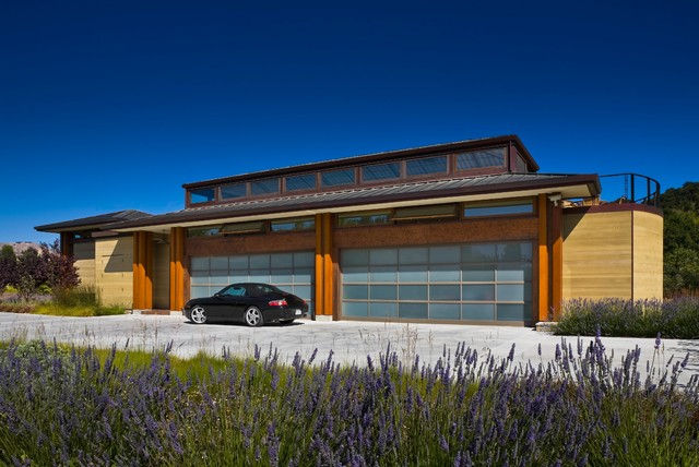 Eckford residence contemporary garage and shed santa for Garage ad sainte foy de peyroliere