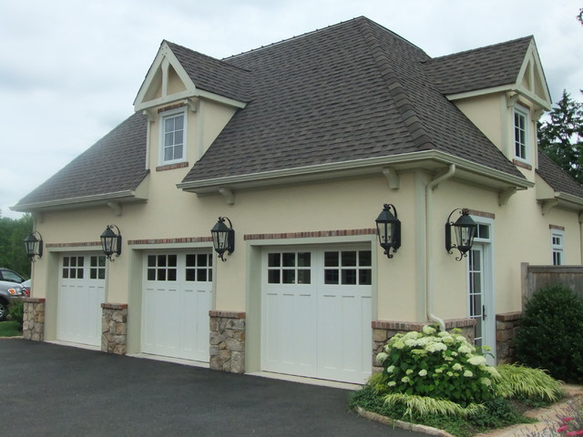 French country estate traditional-garage-and-shed