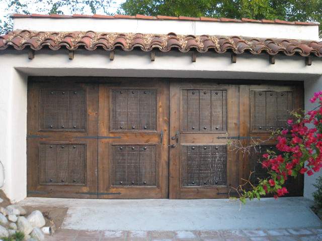 Garage Design in Pasadena midcentury-garage-and-shed