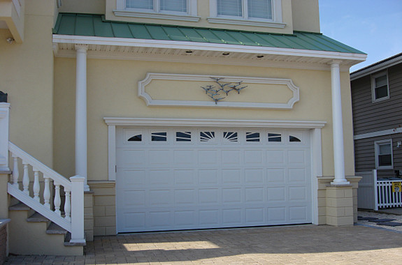 Garage door repair and gate ventura shed los angeles for Garage doors ventura ca
