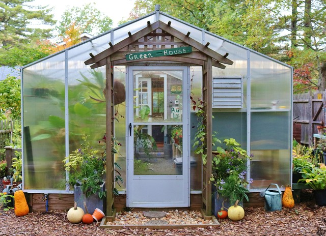 Super Garden Room With Spa And Greenhouse Traditional Garden Complete Home Design Collection Barbaintelli Responsecom
