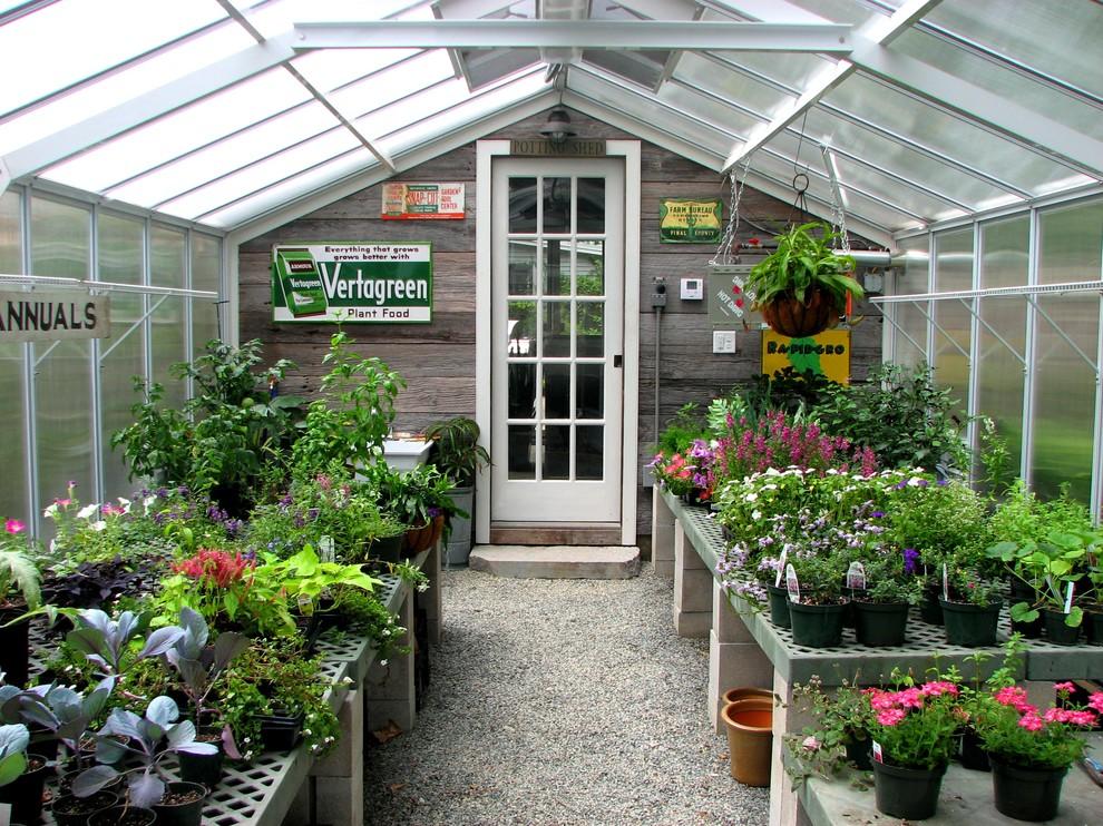 Mid-sized elegant detached greenhouse photo in Boston
