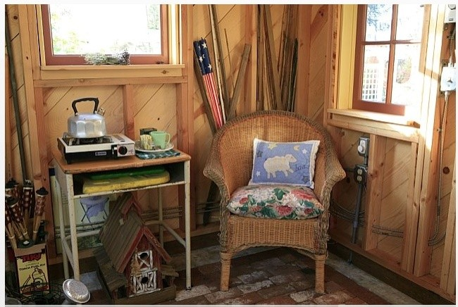 Elegant shed photo in Other