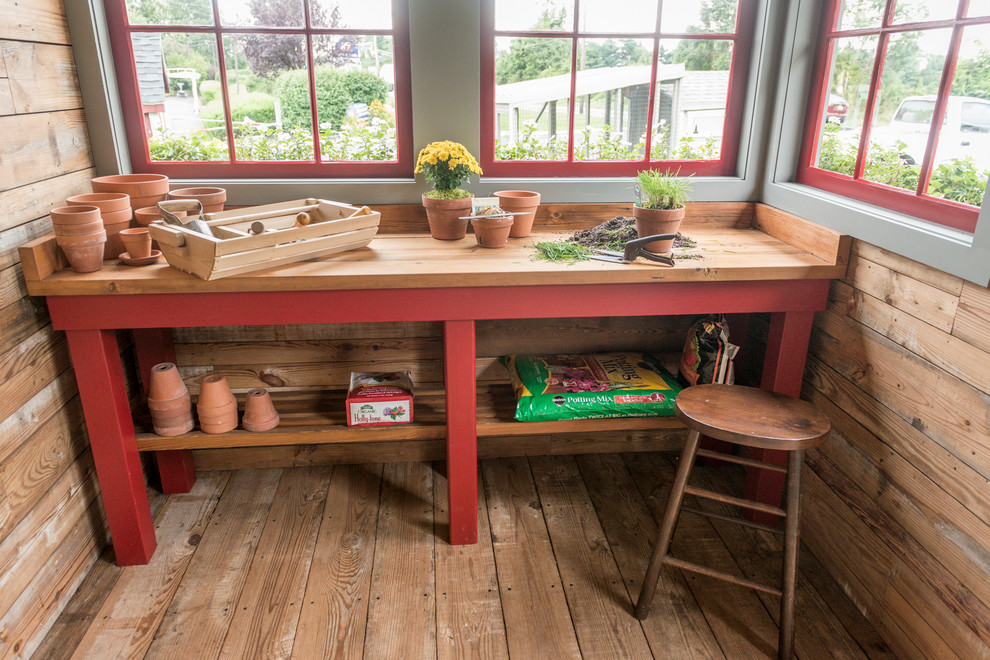 Shed - farmhouse shed idea in New York