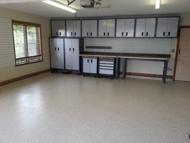https www.hometourseries.com garage-storage-ideas-makeover-302 - Gladiator Garageworks cabinets and garage floor coating in