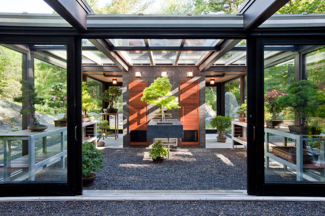 Glass House in the Garden Modern Shed Boston by Flavin