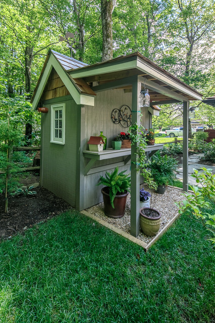 Have A Small Backyard? Youu0027ll Want To See These 7 Tiny Sheds