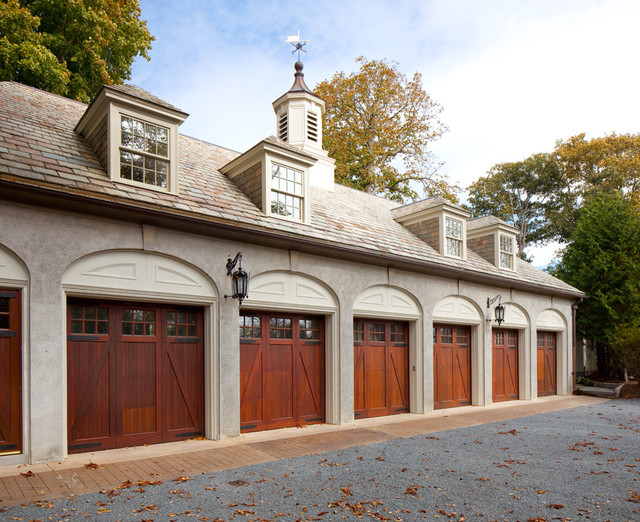 HISTORIC RESTORATION CARRIAGE HOUSE
