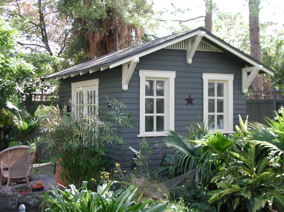 Studio / workshop shed - small craftsman detached studio / workshop shed idea in Tampa