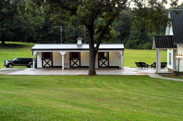 Horse Barn Turned Dog Kennel Farmhouse Shed New York