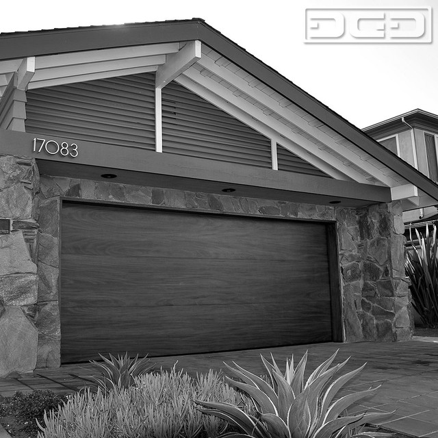 Huntington Beach Ca Mid Century Modern Garage Doors Custom