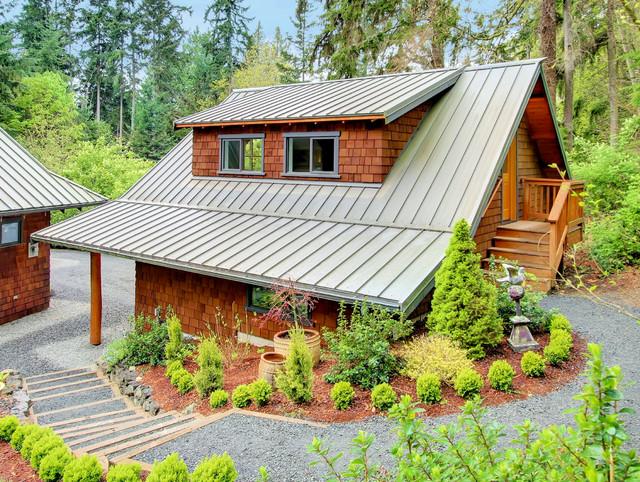 Hyla II Residence craftsman-garage-and-shed