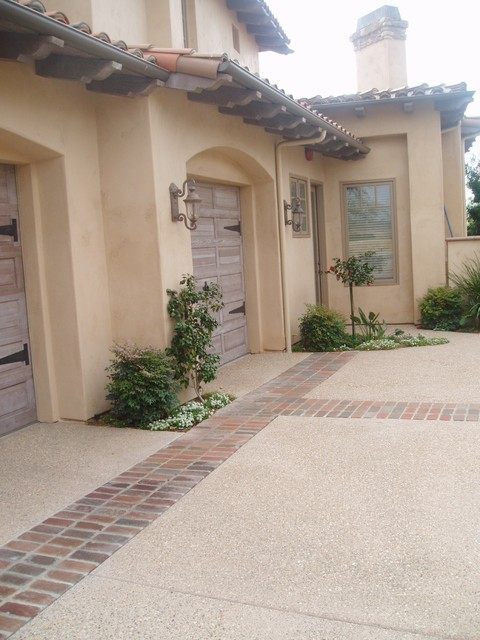IDEAS: paving traditional-garage-and-shed