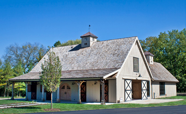 IL Horse Barn farmhouse-garage-and-shed