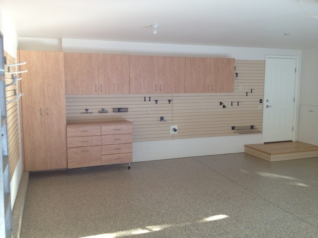 Johnson Garge Cabinets and Epoxy Flooring - Traditional - Garage And Shed - other metro - by ...