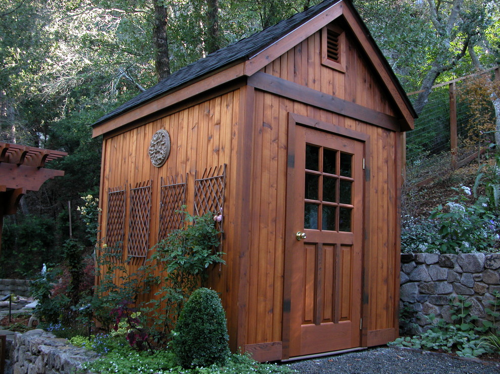 Example of a classic detached garden shed design in San Francisco
