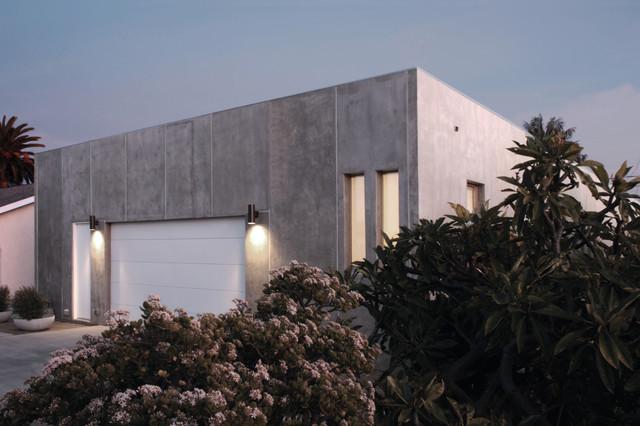 Leicht | Design*21 | California contemporary-garage-and-shed