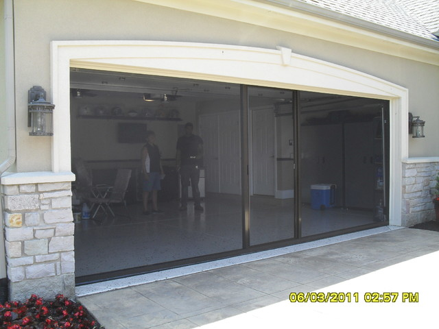 Lifestyle garage screens traditional garage and shed for Screen door garage roller door