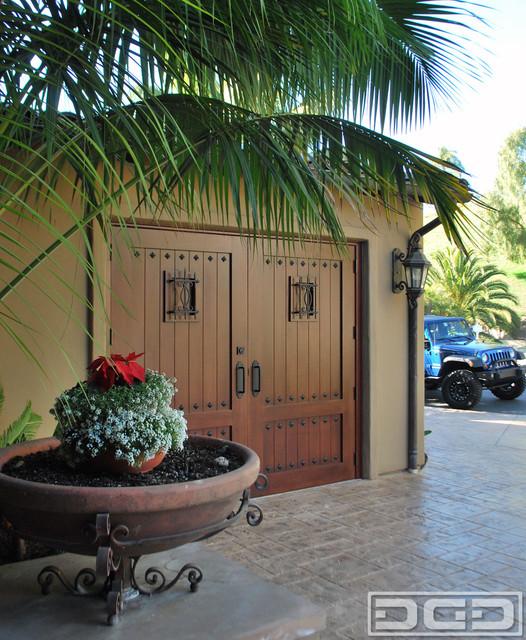 Mediterranean Style Front Doors: Mediterranean Carriage House Style Garage Doors That Swing