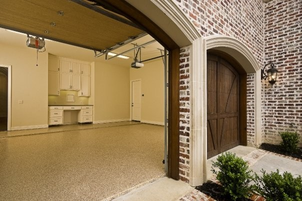 MICHAEL MOLTHAN LUXURY HOMES INTERIOR DESIGN GROUP - Traditional - Garage And Shed - dallas - by ...