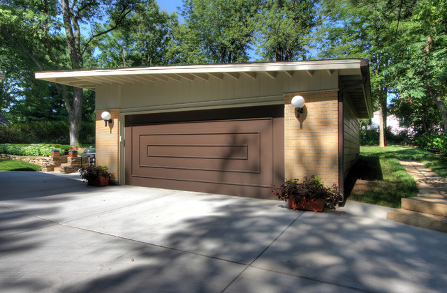 Modern Detached Garage Modern Garage And Shed St Louis By Mosby Building Arts