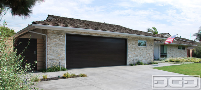 Photo Of A Modern Shed And Granny Flat In Orange County. Email Save. Dynamic  Garage Door