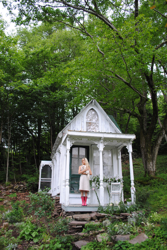 Shed - shabby-chic style detached shed idea in New York