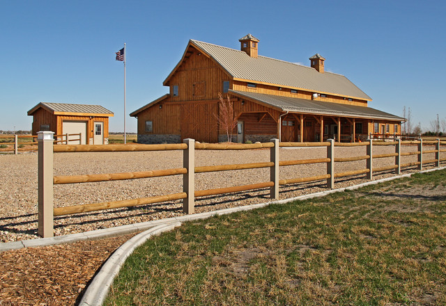 Nebraska Barn Home - Traditional - Garage And Shed - other metro - by Sand Creek Post & Beam