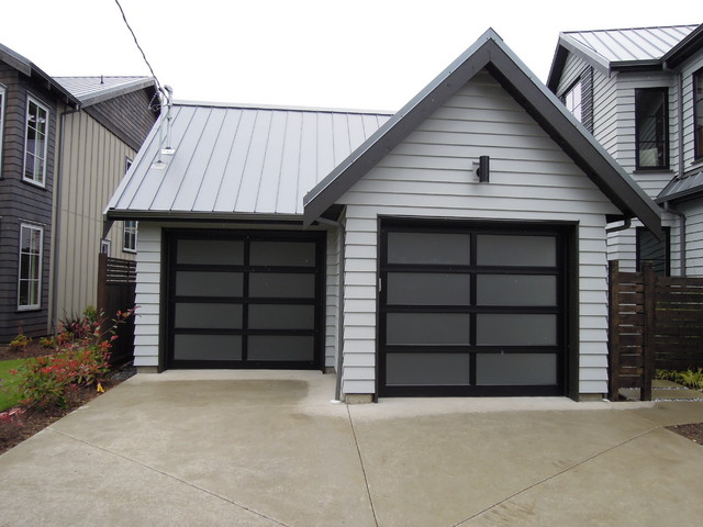 Northwest Door Full View Aluminum Modern Classic Garage Door - Modern - Garage And Shed - other ...