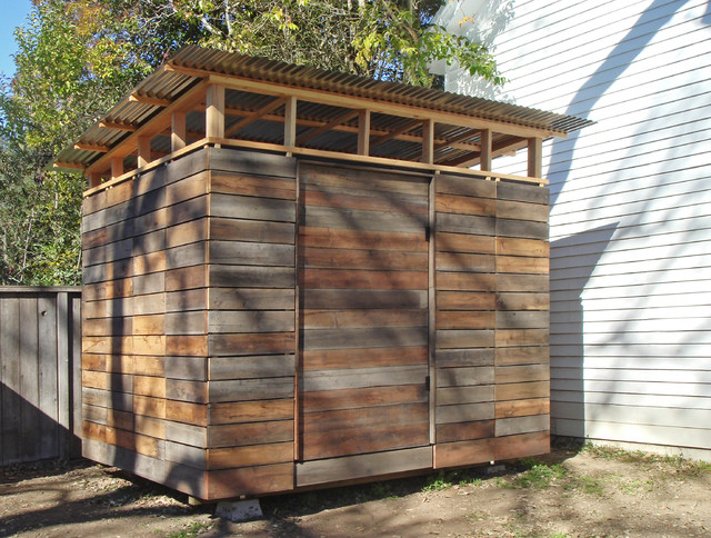 Claudi: Build wooden shed ground