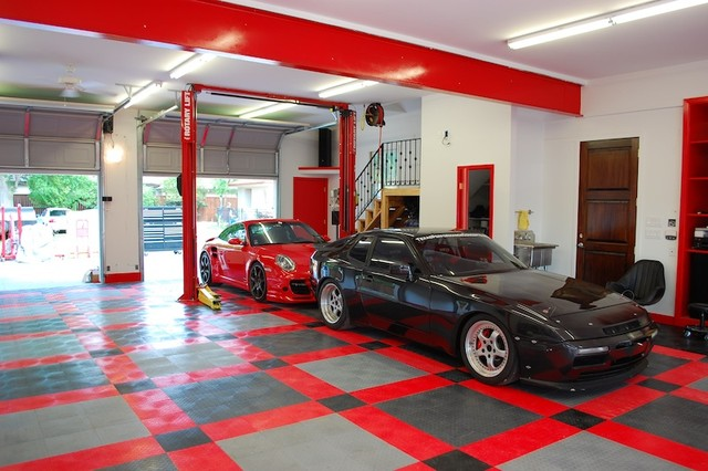 Racedeck garage flooring ideas cool garages with cool for Cool garage designs