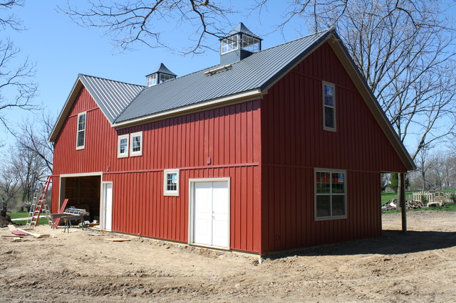 Red Barn Farmhouse Garage And Shed Detroit By