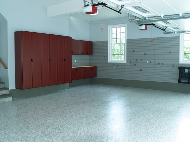 Redline Garage Cabinets, Slat Wall, LCG Custom Floor - Traditional - Garage And Shed ...