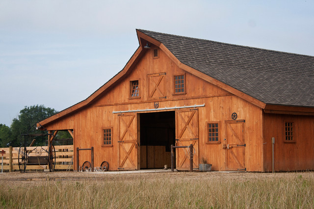 Sd horse barn traditional garage and shed other for Post and beam barn plans free