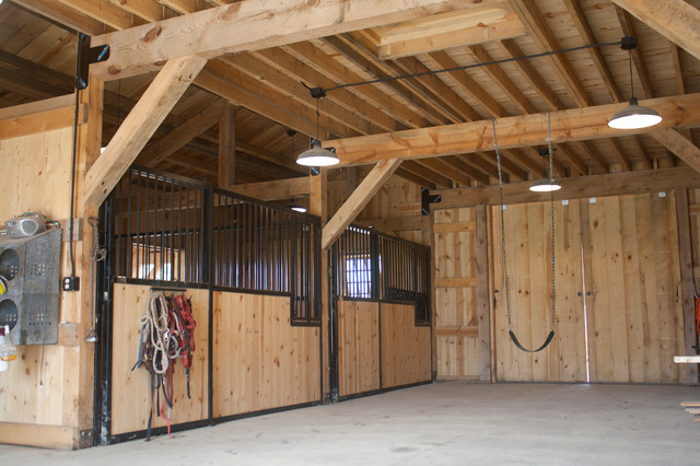 SD Horse Barn traditional-garage-and-shed