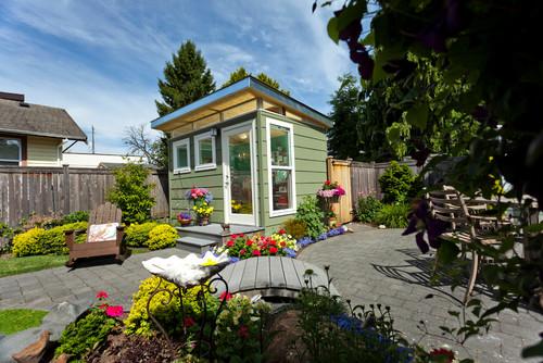 garden shed landscaping