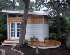 Studio with living roof contemporary-garage-and-shed