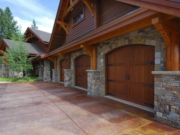 The Ultimate Mountain Home - Traditional - Garage And Shed