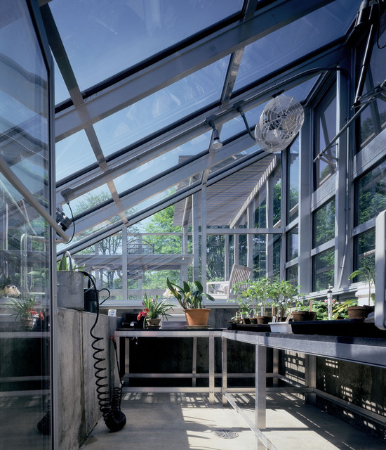 Lakeside Greenhouse and Garden traditional landscape
