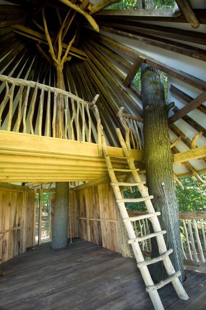 Tree House Tropical Garage And Shed Philadelphia