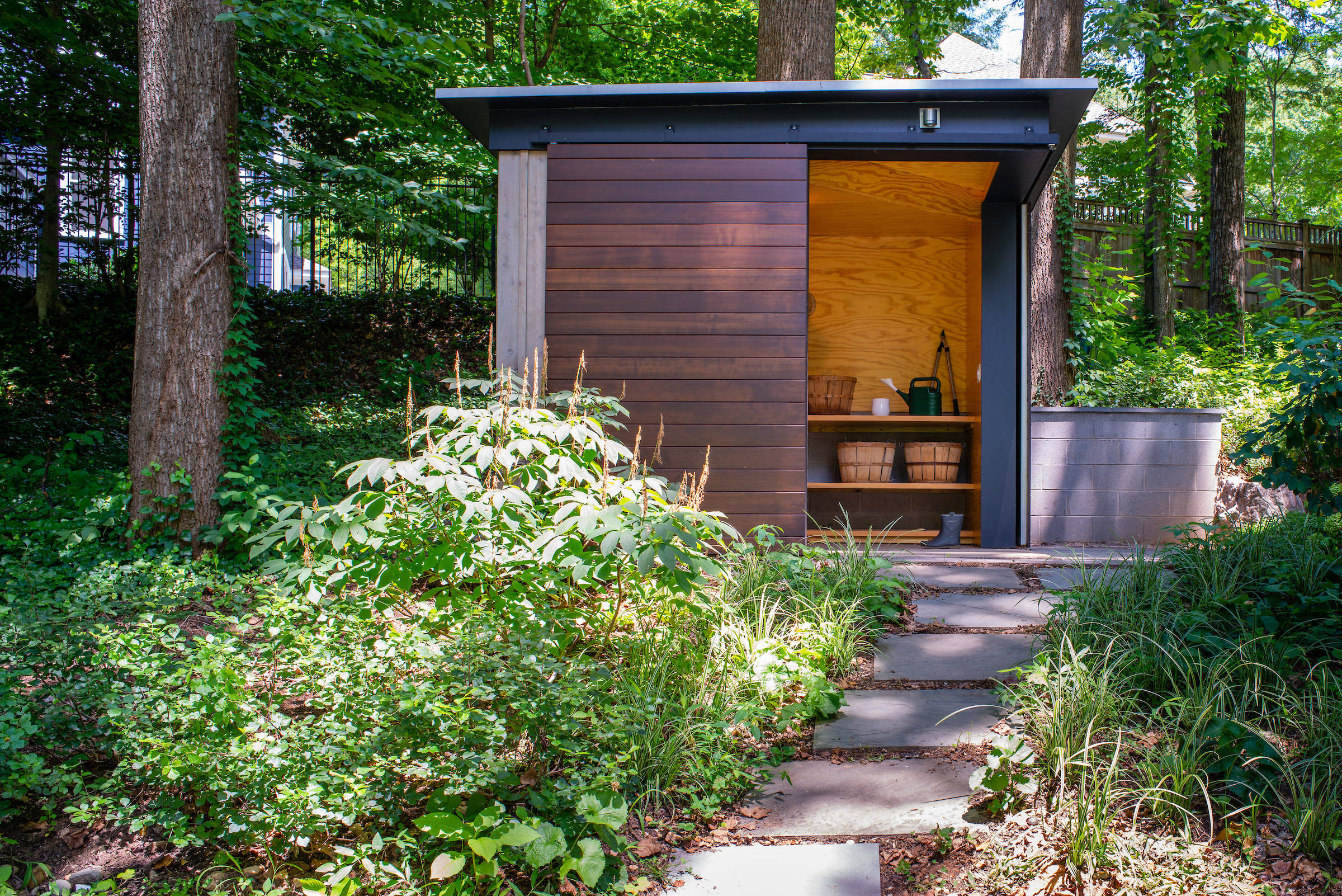 75 Beautiful Modern Garage And Shed Pictures Ideas February 2021 Houzz